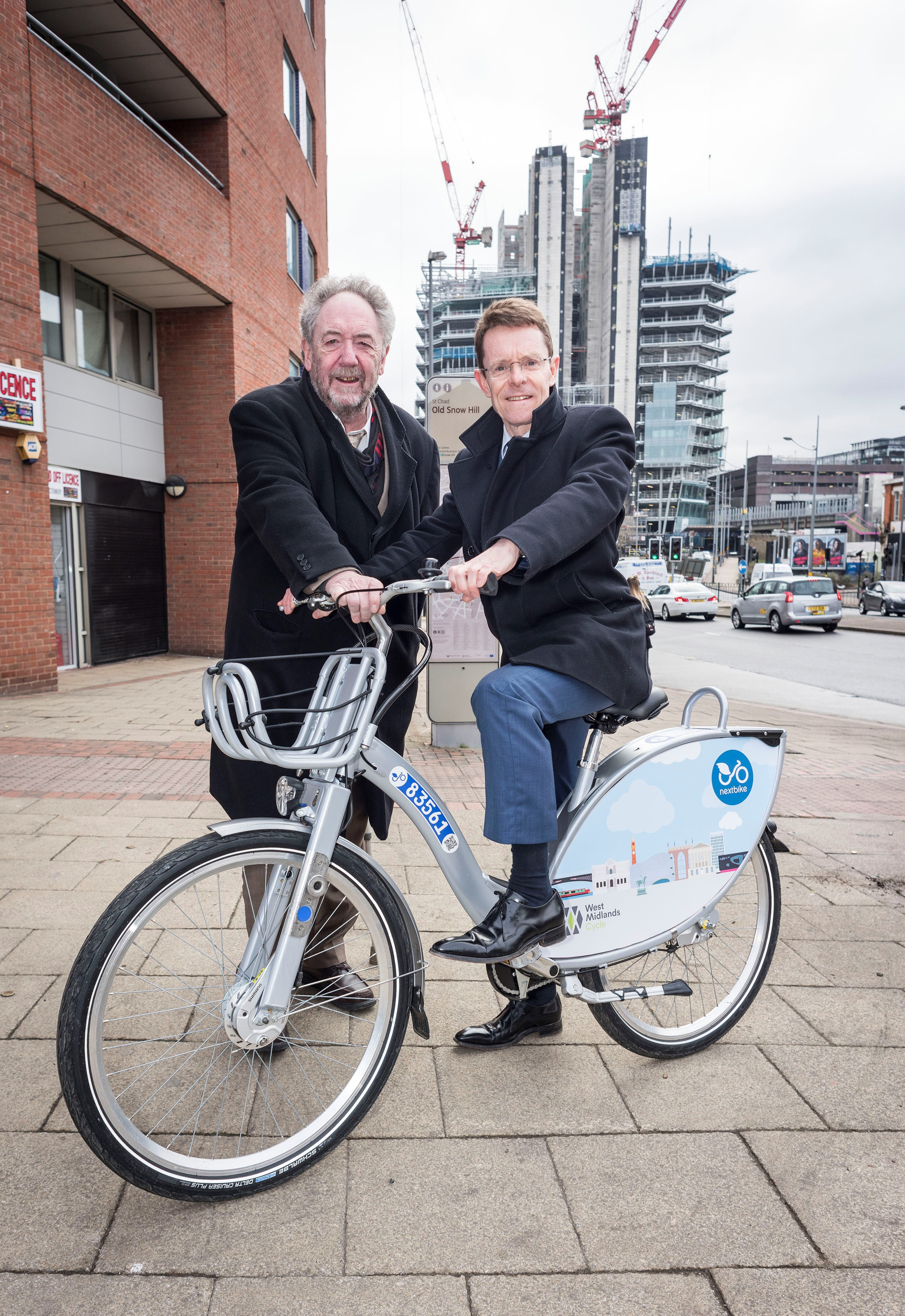 Mayor urges Government to increase investment in cycling and walking