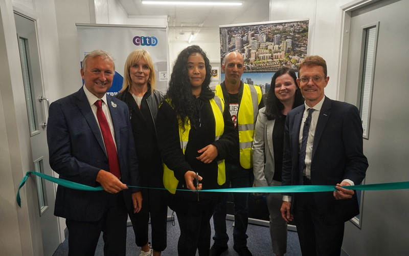 New hub offers local people construction training and jobs at Perry Barr Residential Scheme