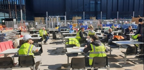 Zone contractor staff on eat lunch