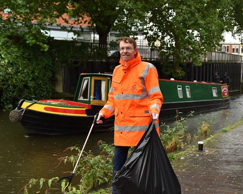West Midlands Mayor joins campaign to 'Keep Britain Tidy'